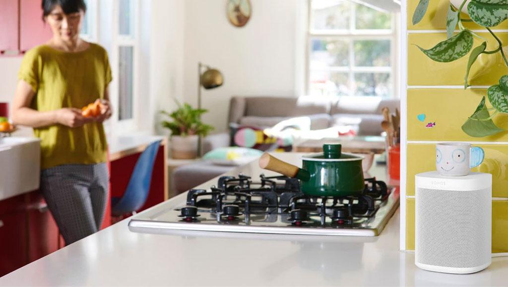 one-kitchen-female-stove2